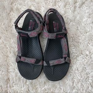 Sketchers Outdoor Lifestyle Sandals Size 8